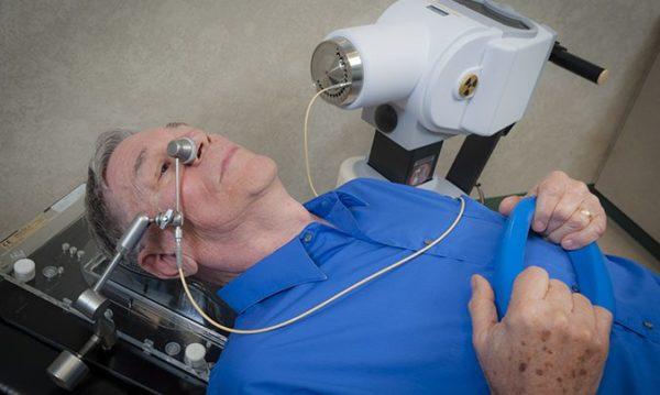Аппарат для брахитерапии органов дыхания