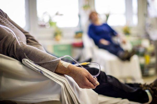 Проведение процедуры химиотерапии
