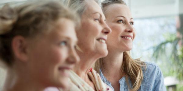 Женщины трёх поколений
